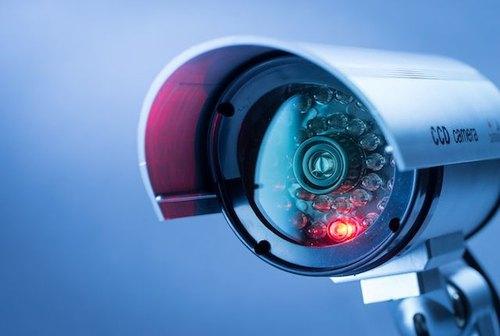 Guide des systèmes de vidéosurveillance pour une meilleure sécurité au bureau